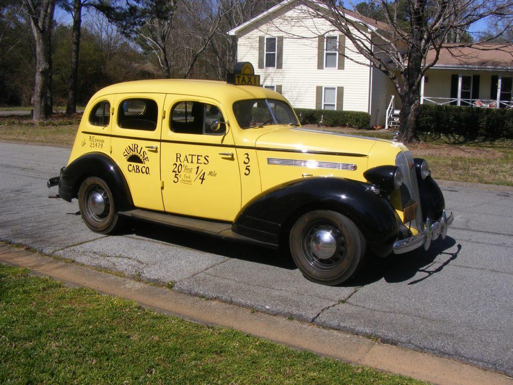 pontiac-1935-taxi-sam-1043